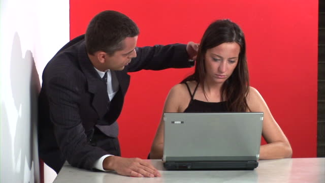 HD: Le molestie sessuali sul posto di lavoro