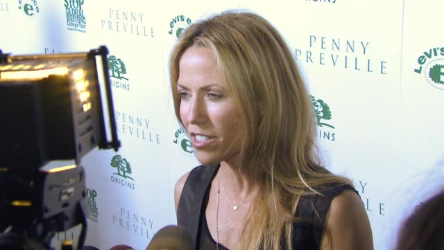 Sheryl Crow at the ELLE Green Event at Boulevard 3 in Los Angeles California on April 5 2007