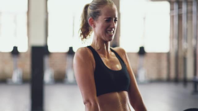 Ze is is fit en woedend
