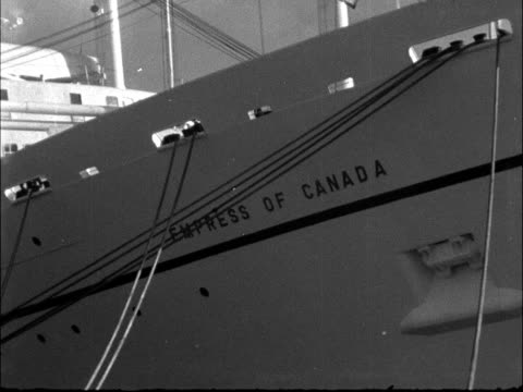 'Empress of Canada' sets off on maiden voyage ENGLAND Liverpool Princes Landing Stage EXT Various general views Canadian Pacific liner 'Empress of...