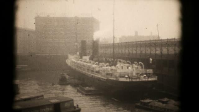 Ships at New York Docks, 1920's 16mm (HD1080)