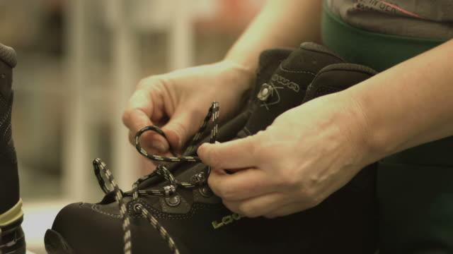 shoe prodution - shoelaces  for shoes, close