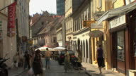 WS Shoppers, strollers and cafes in old town / Zagreb, Croatia