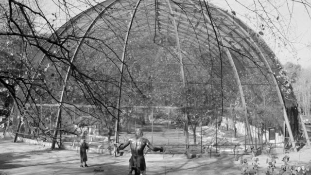 MS Shot of 1904 flight cage (aviary), in saint louis Zoological Park in Missouri