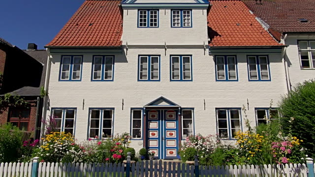 WS Shot of exterior view of house, North Sea Dithmarschen, / Tonning, Schleswig Holstein, Germany