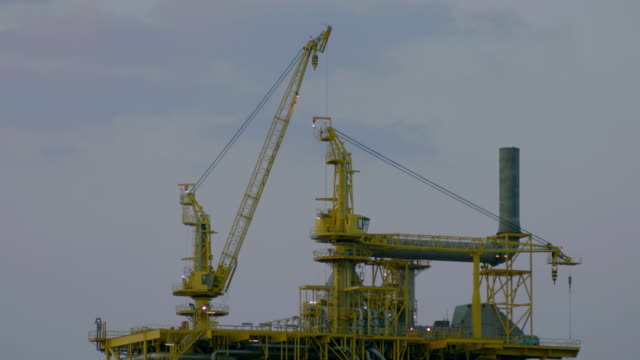 MS Shot of first upper part of oil rig in North Sea / Qatar