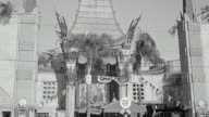 MS Shot of graumanns Chinese theatre