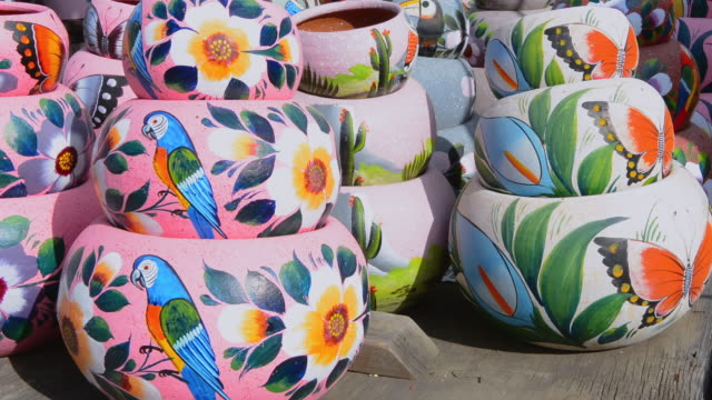 MS Shot of Indian pottery for sale for tourists / San Diego, California, United States