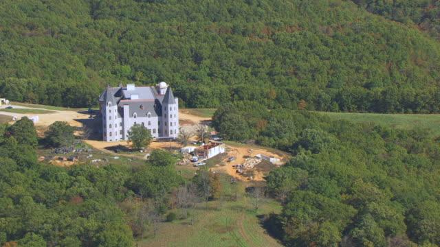 Ms aerial ts shot of pensmore mansion under construction for Pensmore mansion