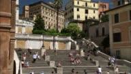 MS PAN ZI Shot of Scalinata di trinita dei monti (spanish steps) / Roma, Italia