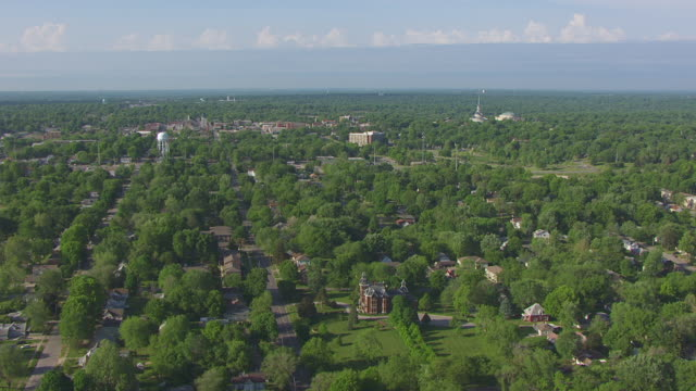 WS AERIAL Shot of town and Vaile Mansion / Independence, Missouri, United States