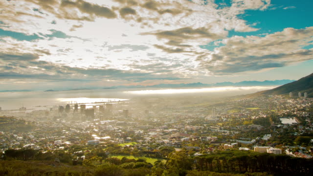 WS PAN T/L Shot over city cape town / Cape Town, Western Cape, South Africa