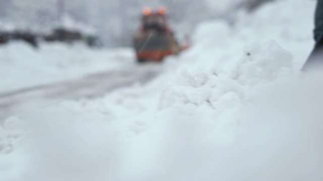 HD: Shoveling Snow