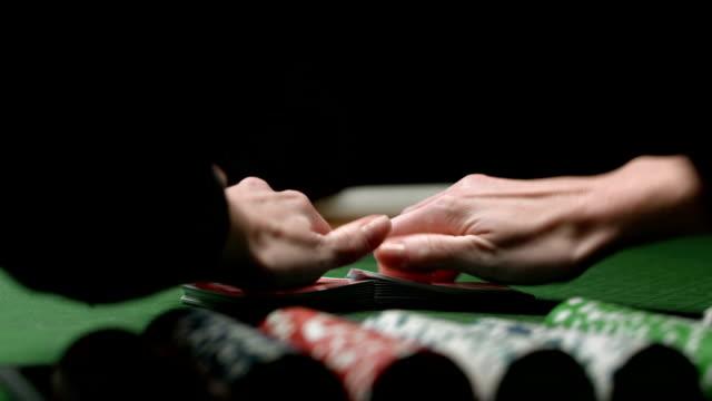 HD: Shuffling Poker Cards