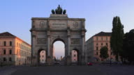 T/L PAN Siegestor (Victory Gate) in Munich at Blue Hour