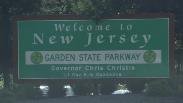WELCOME TO NEW JERSEY signage