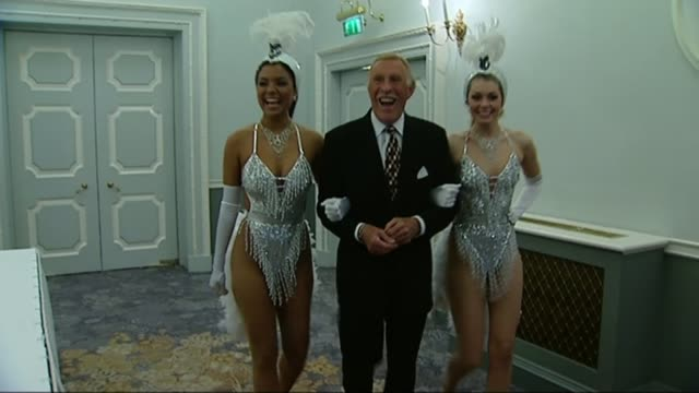 Sir Bruce Forsyth dies aged 89 INT Forsyth along with Miss England and Miss Puerto Rico dressed in showgirl costumes ****END
