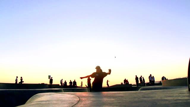 Spider FRAME-RATE-Skateboard-in Venedig