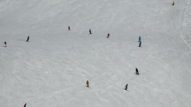 Ski run at Grindelwald-First, Grindelwald, Bernese Alps, Switzerland, Europe