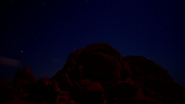 Skull Rock star gazing in Joshua Tree National Park