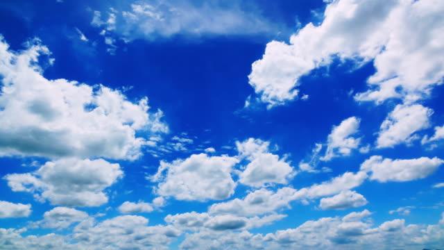 hemel en cloud verplaatsen van tijd vervallen 4K video