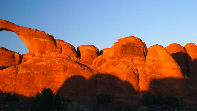 Skyline Arch at sunset, Arches National Park, Utah, Usa, North America, America