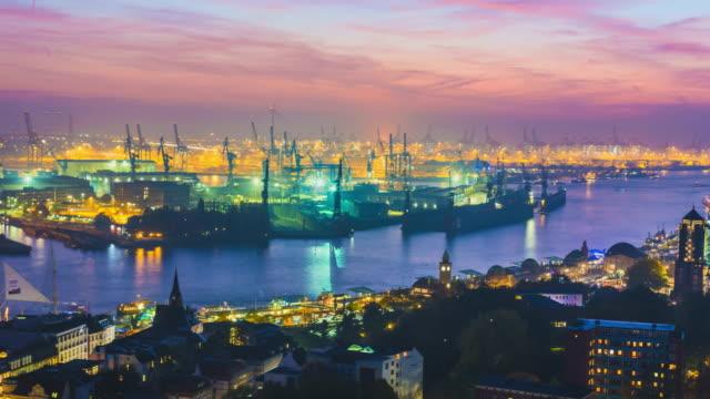 Skyline von Hamburg mit Industrielle Landkreis