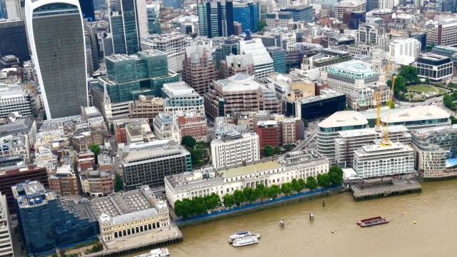 Skyskrapa kontorsaffären byggnad i London, England - time-lapse