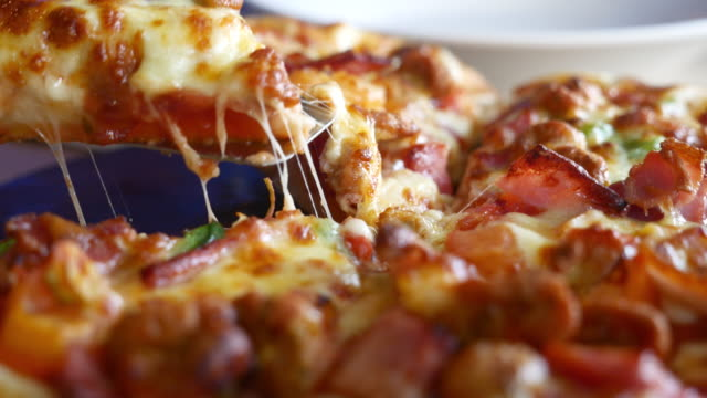 Slice of pizza ,Dolly shot