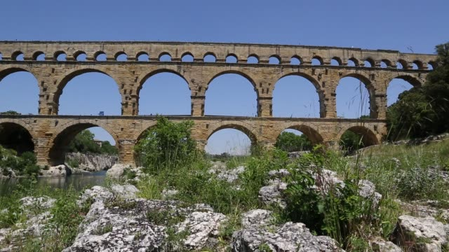 Slider shot of Pont du Gard