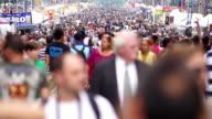 SloMo crowded street market, NY