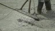 Slomo verspreiding van beton.