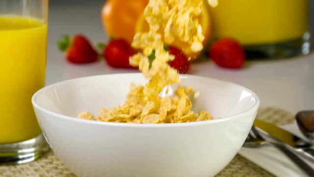 Slow Motion Breakfast