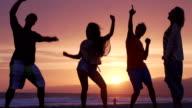 Zeitlupe-Tanz