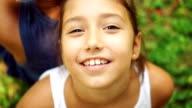 Teenager-Mädchen lächelte