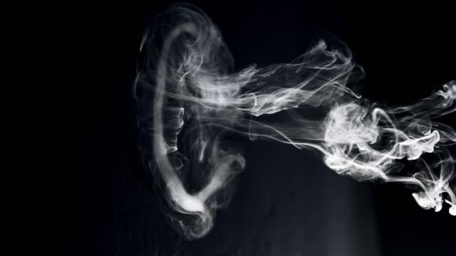 SLO MO Smoke ring