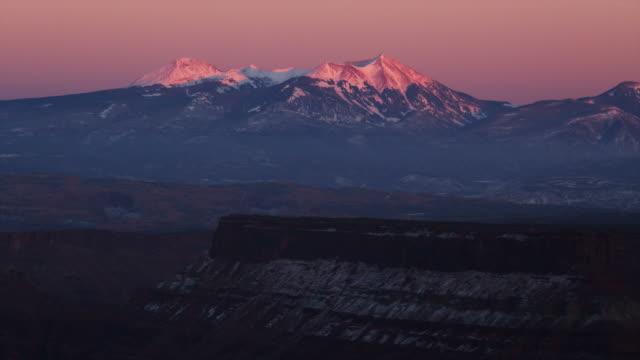 PAN WS Snowcapped mountains / Moab, Utah, USA