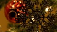 Schneeflocken-Ornament schwanken sanft