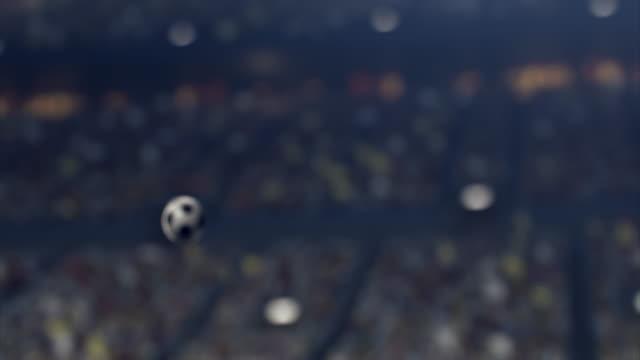 Fotboll: Flygande boll