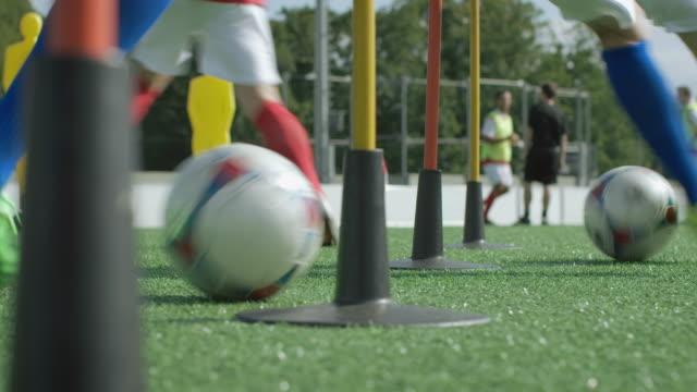 Fotbollsträningen på spelplan
