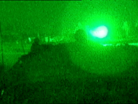 US Soldier returns fire on distant target during Iraq war 31 Mar 03