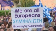 Some 22000 Greeks for a Yes outcome yelled pro European slogans just 800 metres away from a rival No rally in central Athens late Friday two days...