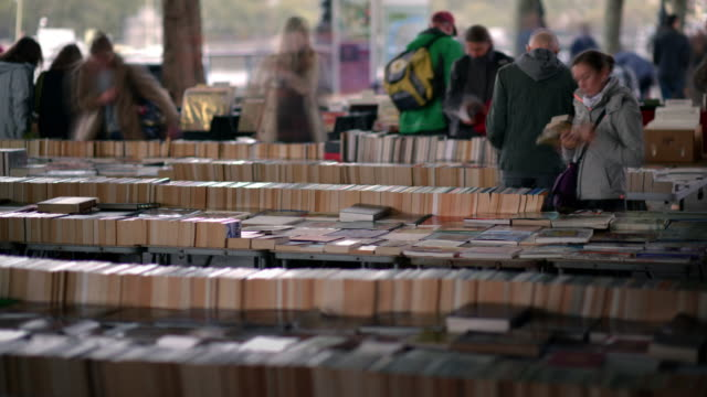 T/L Southbank book market under waterloo bridge close up