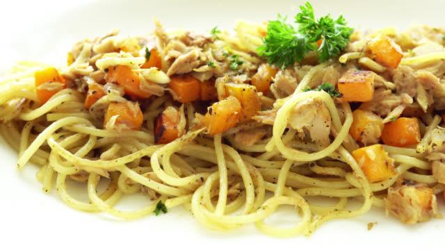 4K Spaghetti tuna