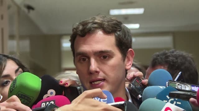 Spains Socialist party chief Pedro Sanchez travels to Portugal to meet the countrys leader in a sign he may be considering forming the same sort of...