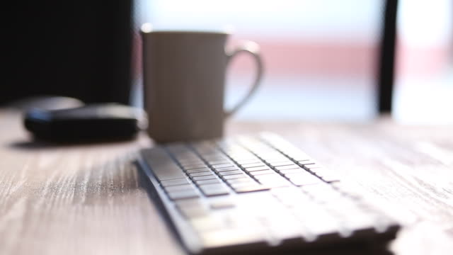 Morsen van Water in het toetsenbord