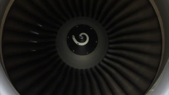 MS ZI ZO Spinning turbine blades of jet engine
