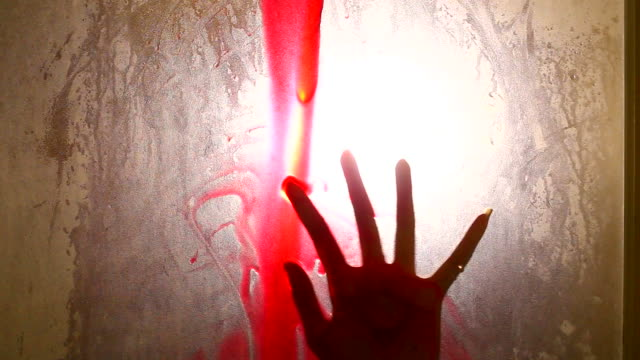 Gruselige Hand (Schatten)