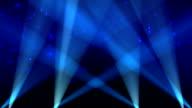 Spotlight su sfondo blu cielo Loop