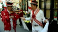St George's Day celebrated London Mayor Boris Johnson joining in festivities ENGLAND London EXT Boris Johnson and Gary Rhodes arriving in City by...